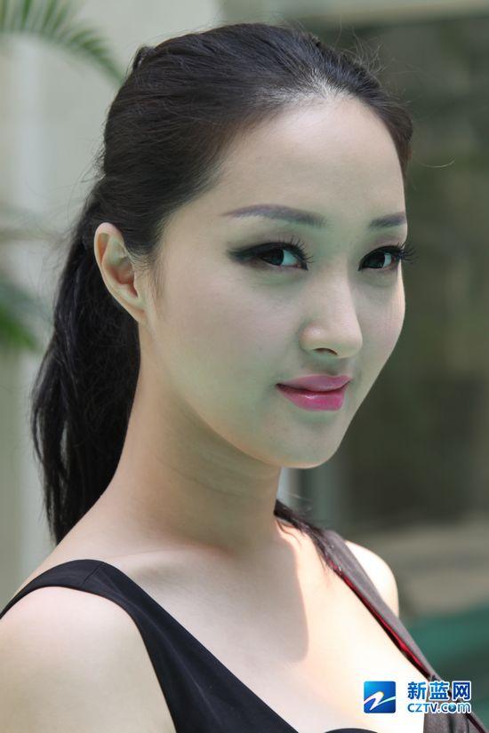 看生活女_韩国女主播节目中不慎走光网友调侃看了100遍