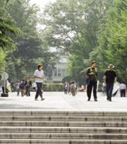 日本早稻田大学校长:培养具有自主独立精神的国民