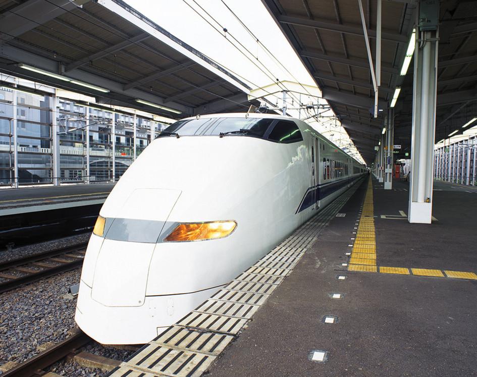 动车制造商中国南车不是铁道