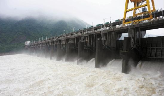 新安江泄洪