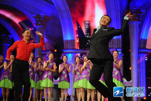 《中国梦想秀》第四季第六期万玮的最美老年舞团图片