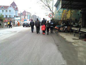 逃至杭州13年成网上通缉犯 为儿女上户口自首