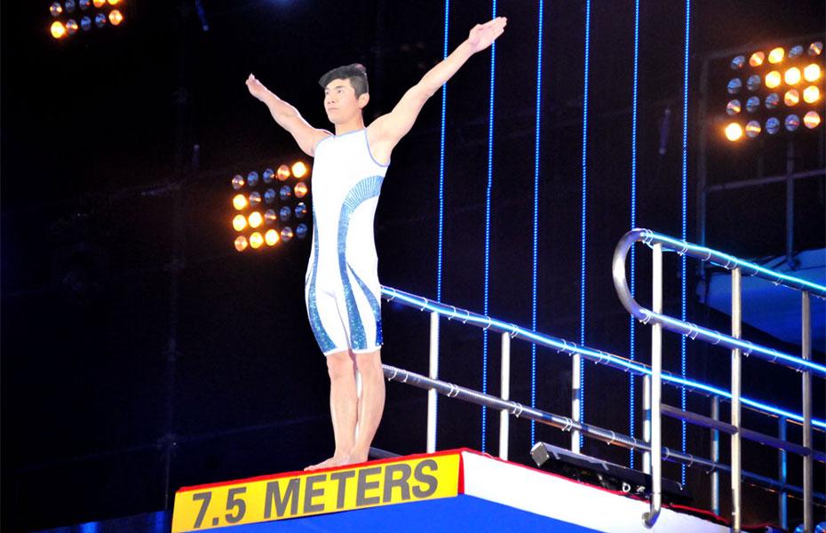 中国星跳跃第一期_《中国星跳跃》刘雨欣VS邢傲伟 第二跳回放