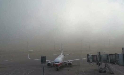 因北京雷雨天气影响