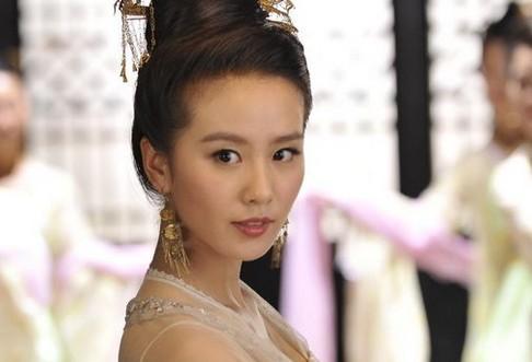 刘亦菲 唐嫣/刘诗诗刘亦菲唐嫣糖糖 女星古装角色不同可爱之处