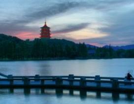 因為一座宅愛上一座城 住在杭州湖邊邨