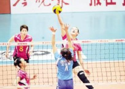 【排球】女排奔赴嘉善备战总决赛第二场