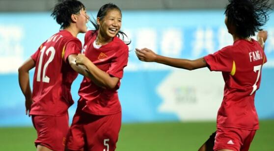 中国U15姑娘获得冠军