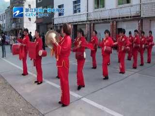 【庆元县】安溪村举行首届老年趣味运动会