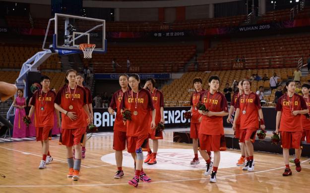 【女篮】中国女篮主场负日本获亚锦赛亚军