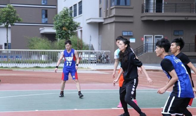 【篮球】别人家的女友:能打球能走秀能卖萌