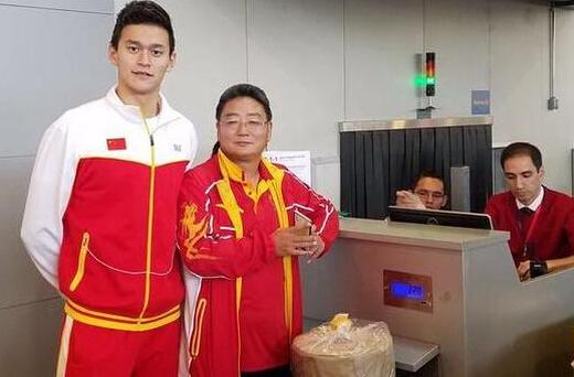 【游泳】孙杨启程回国 谈里约奥运