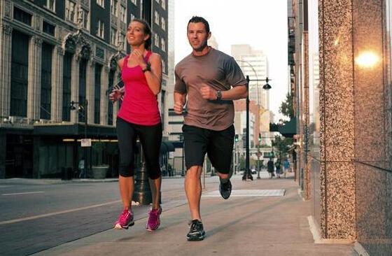 【马拉松】跑半马要训练多久?
