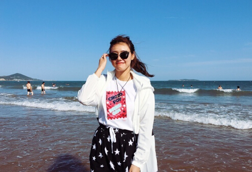 【游泳】游泳女神刘湘海边美照