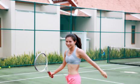 【跳水】女神何姿打网球身材曼妙