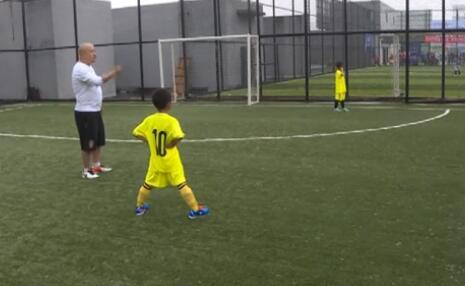 【足球】首届志豪杯公益足球交流赛在杭举行