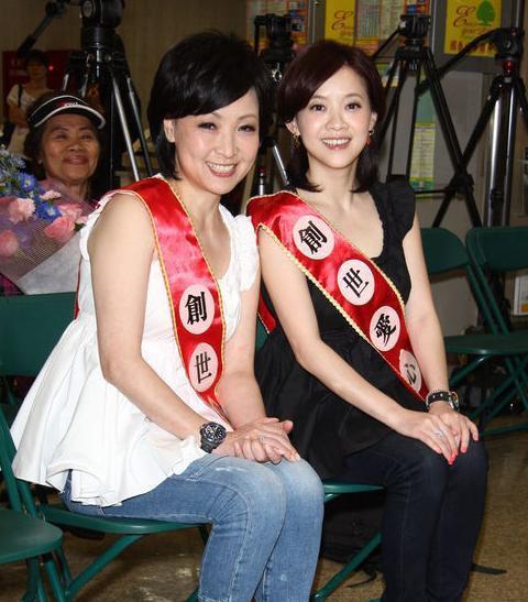 李小璐刘亦菲酷似母亲 盘点娱乐圈母女姐妹花(图)