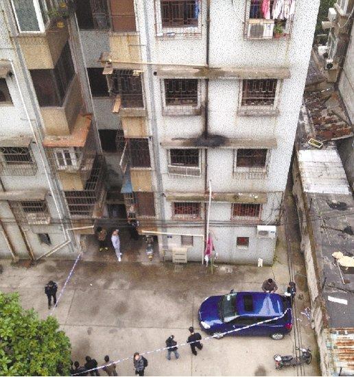 宁波一对年轻男女倒在血泊中 警方称嫌犯已落网