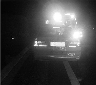 38岁的哥高速中风 车子撞向隔离带女乘客失踪