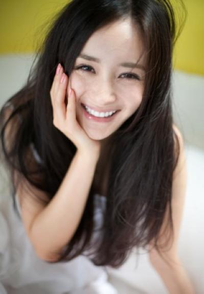王丽坤改小年龄刘亦菲亲民 明星私下真实人品曝光 图