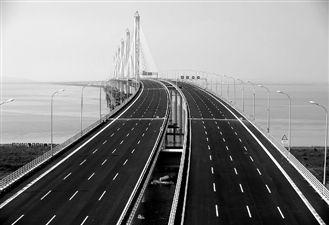 嘉绍大桥是世界最长最宽的多塔斜拉桥