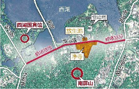 设想中的隧道方案,就是想解决图中红线路段的拥堵问题,并连通净寺和放生池。