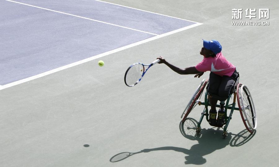 (体育)(5)网球——美网:网前的力量 轮上的风采
