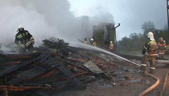 俄罗斯一精神病院火灾致37人死亡已刑事立案(图)