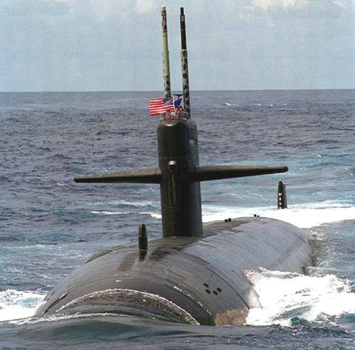 """资料图:美国""""洛杉矶""""级攻击核潜艇。"""