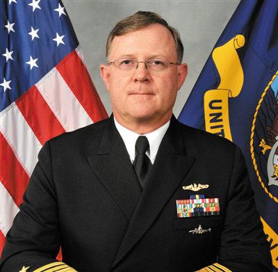 原文配图:贾尔迪纳,2011年12月出任战略司令部副司令,是潜水艇军官出身。他曾经在驻扎在日本的美国第7舰队服役。