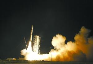 美国月球探测器搭乘私企火箭升空研究月球大气