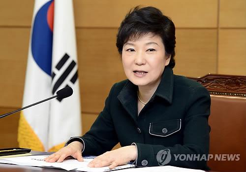 朴槿惠支持率10天下降8%受朝野政治斗争影响