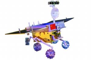 这就是承担我国航天器第一次在地外天体软着陆和巡视探测的月球车模型。摄影:纪晨