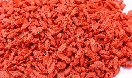 央视曝鲜红枸杞硫磺熏制而成 或致肝肾损害