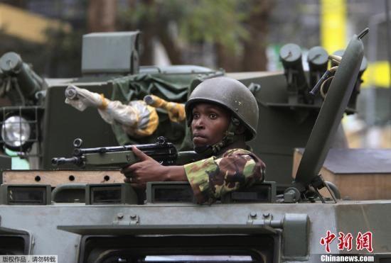 肯尼亚首都内罗毕一家大型商场9月21日爆发警匪枪战,同基地组织有关的索马里青年党已宣布对这起枪击事件负责。