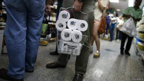 委内瑞拉出现手纸短缺政府接管工厂生产分销