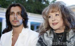 俄罗斯歌坛女将阿拉·普加乔娃与其37岁的丈夫。