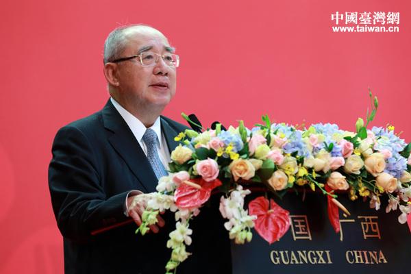 10月27日,中国国民党荣誉主席吴伯雄出席第九届两岸经贸文化论坛闭幕式并致辞。(中国台湾网 于斯文 摄)