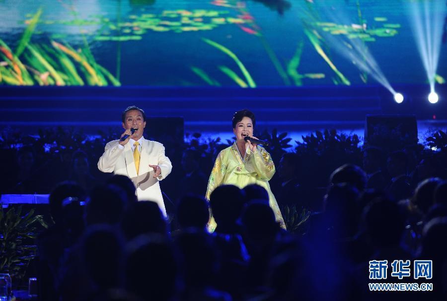 (文化)(4)朝鲜国立民族艺术团访华大型文艺演出在丹东举行