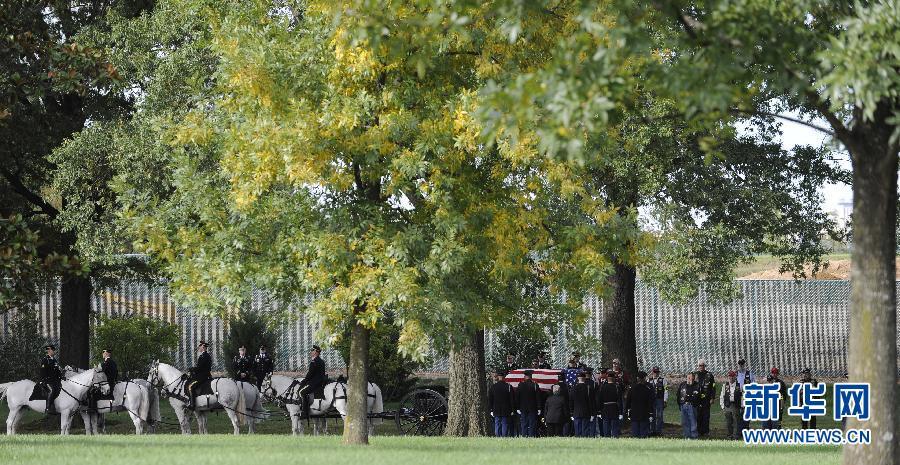 (XHDW)(2)驻阿美军士兵的葬礼