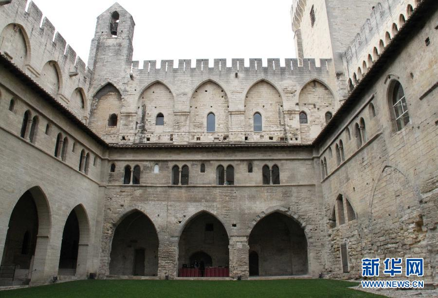(XHDW)(3)去普罗旺斯探寻阿维尼翁教皇宫