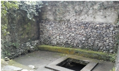 友五房门前的水井,现在村里仍在使用