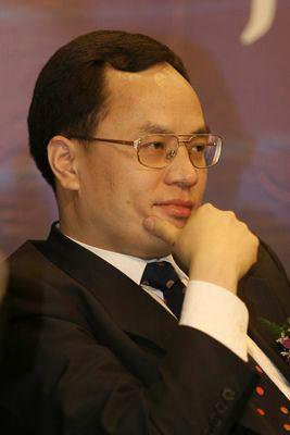 2013福布斯中国富豪榜第四位:汉能控股集团有限公司董事局主席兼首席执行官李河君