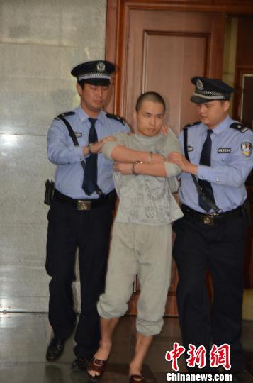 深圳故意杀人警察一审被判死缓当庭表示上诉(图)