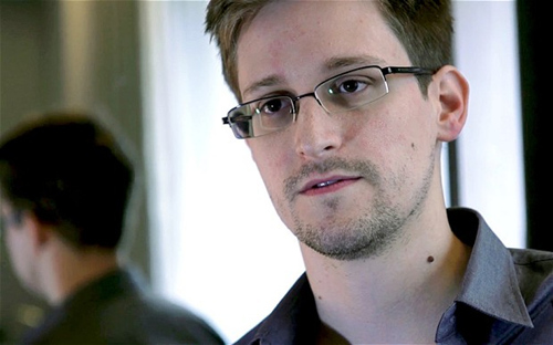 CIA前官员称斯诺登手提电脑是掩护机密未交中国