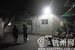 杭州今年点亮千个小区暗角 有居民担心影响休息