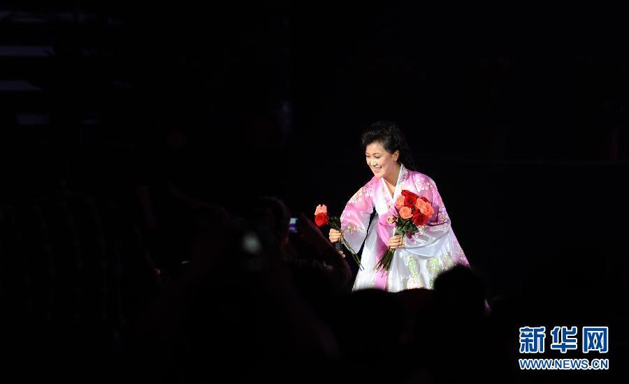 (文化)(5)朝鲜国立民族艺术团访华大型文艺演出在丹东举行
