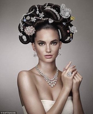 知名珠宝商展出天价发饰5亿美元宝石发间插(图)