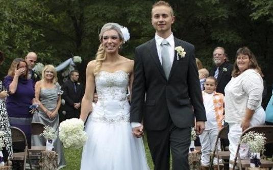 美女不顾反对捐肾给陌生男子3年后携手步婚姻礼堂