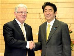 安倍会见澳贸易部长称希望进一步加强日澳关系
